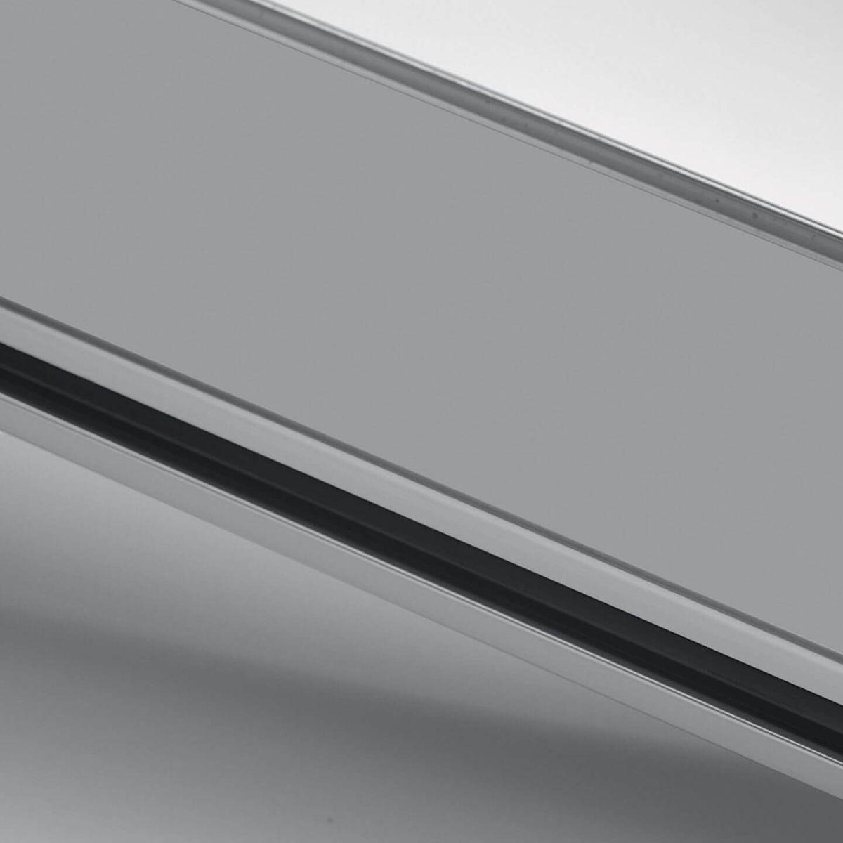 Finitura alluminio anodizzato per parete in vetro