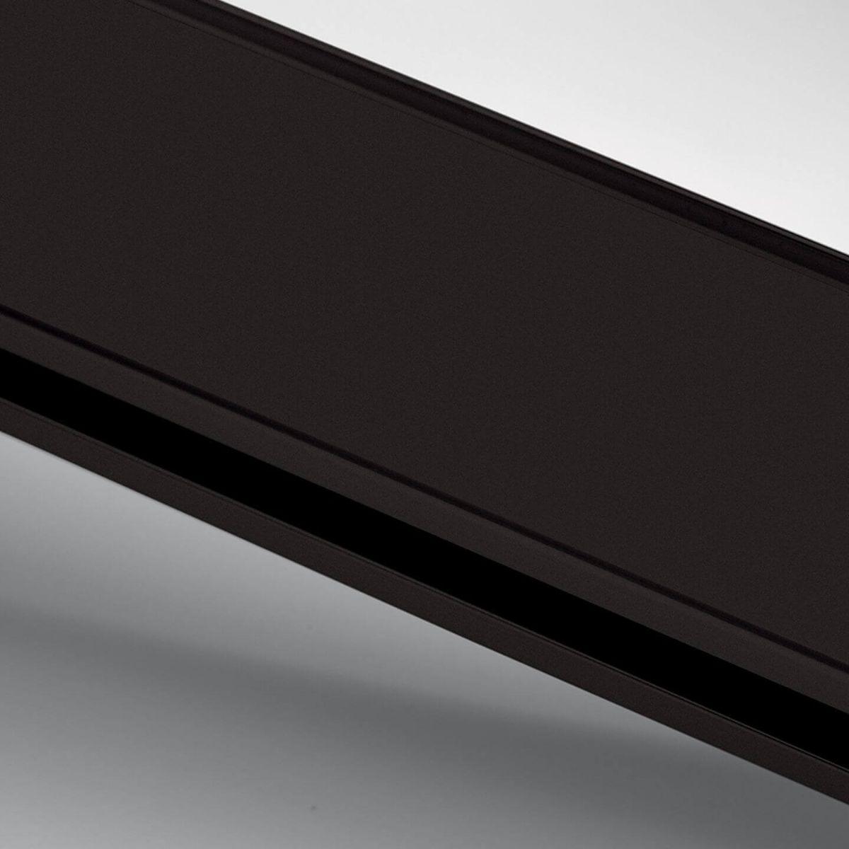Finitura alluminio anodizzato dark brown per parete in vetro