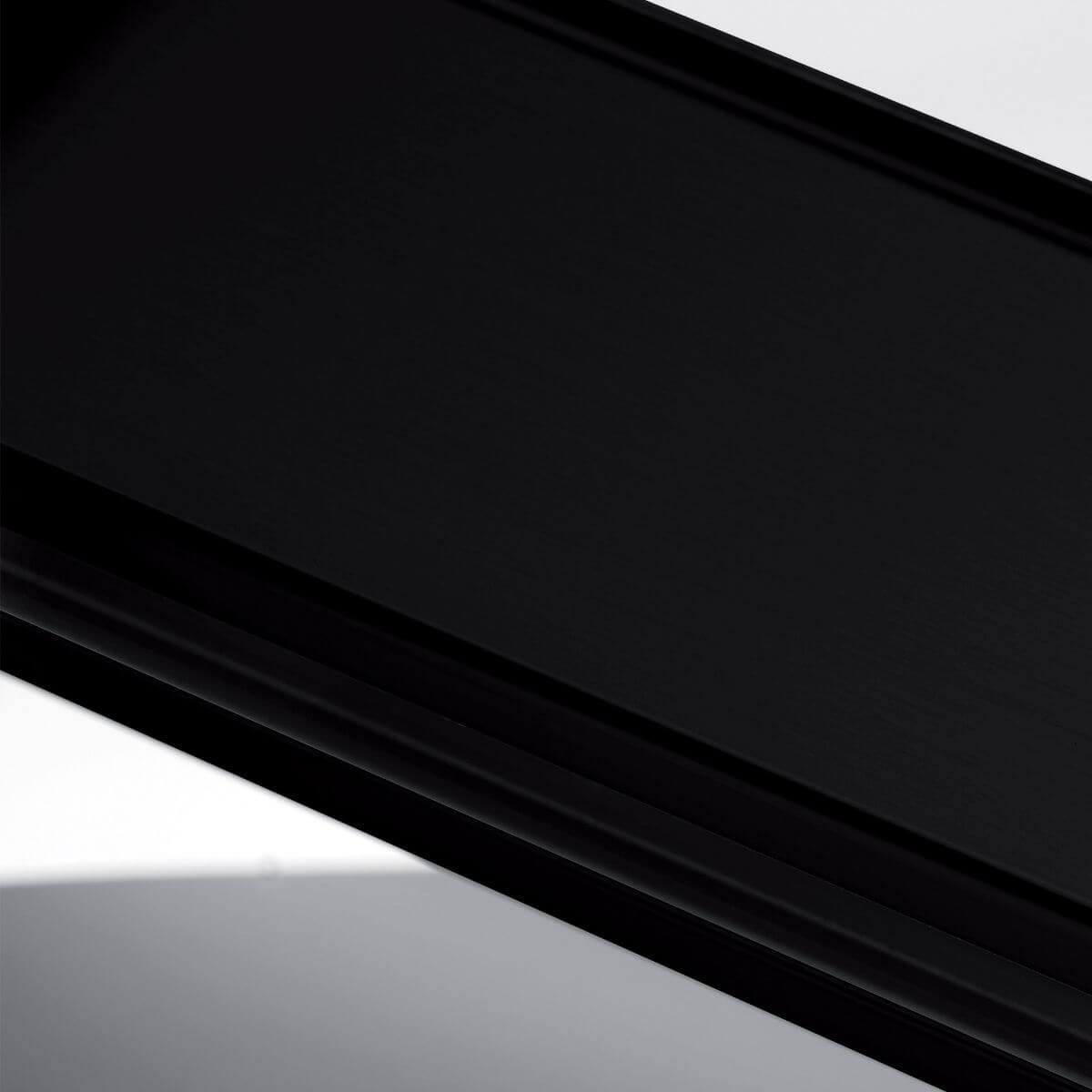 Finitura alluminio nero ral 9005 per parete in vetro