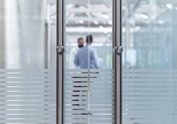 pareti divisorie in vetro e alluminio uffici Gruppo Zignago