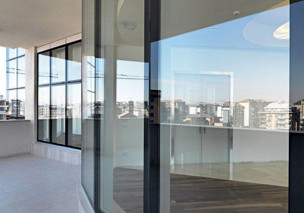 Pareti divisorie in vetro uffici Italiana Assicurazioni