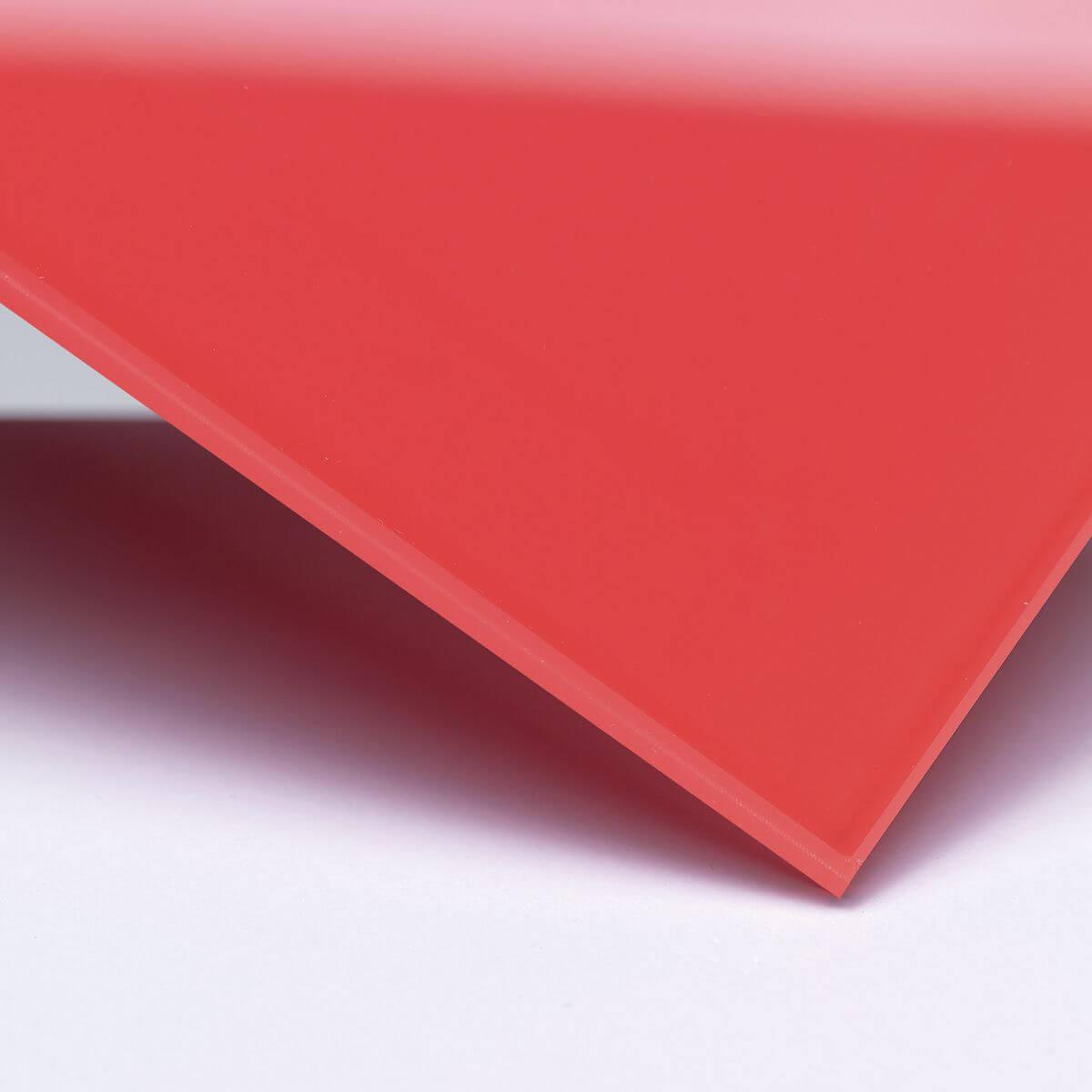 Finitura: Vetro con pellicola interna rossa coprente